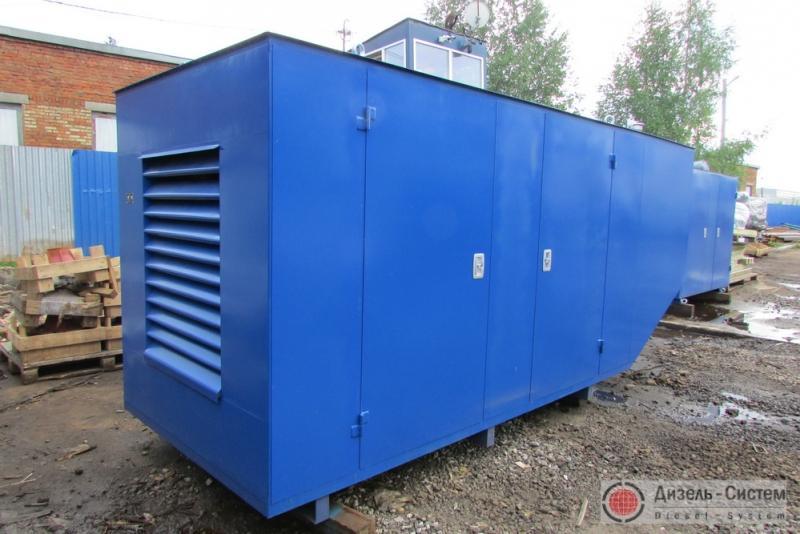 Фото дизель-генераторного агрегата ДГА-100 в капоте