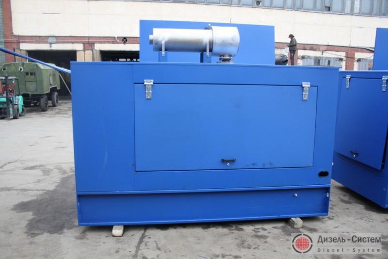 Фото дизель-электрической установки ДЭУ-250.1 в капоте