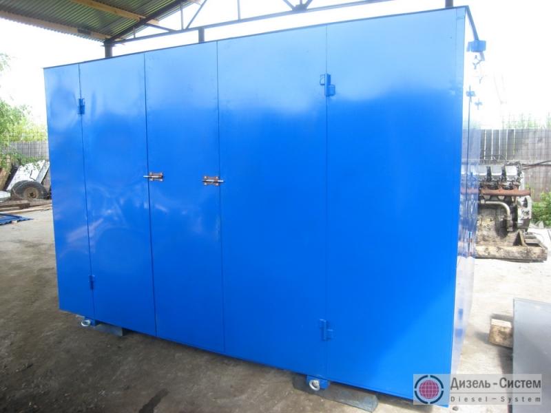 Фото электрогенератора дизельного АД-100С-Т400-1РМ в капоте