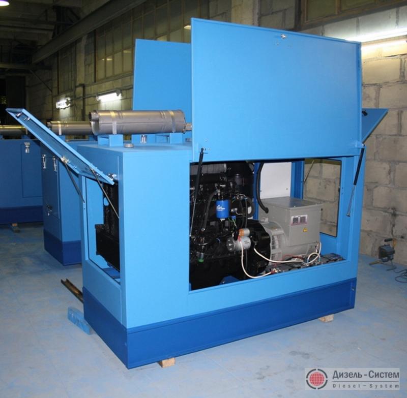 Фото дизель-электростанции ДЭС-12 в капоте